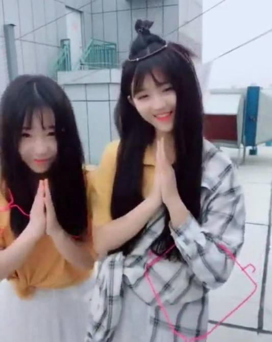 抖音泰国迎宾小姐姐强颜欢笑6.jpg