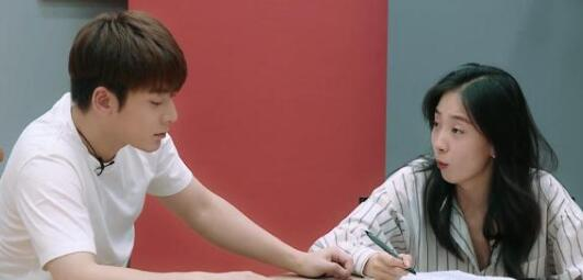 演員請就位朱顏曼滋對陳翔滿意嗎 朱顏曼滋對陳翔態度如何