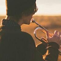 精选关于人生落魄听的歌曲,每一个节奏都能带给你力量